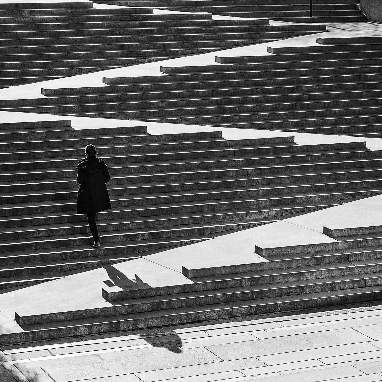 climbing-stairs_0411.jpg
