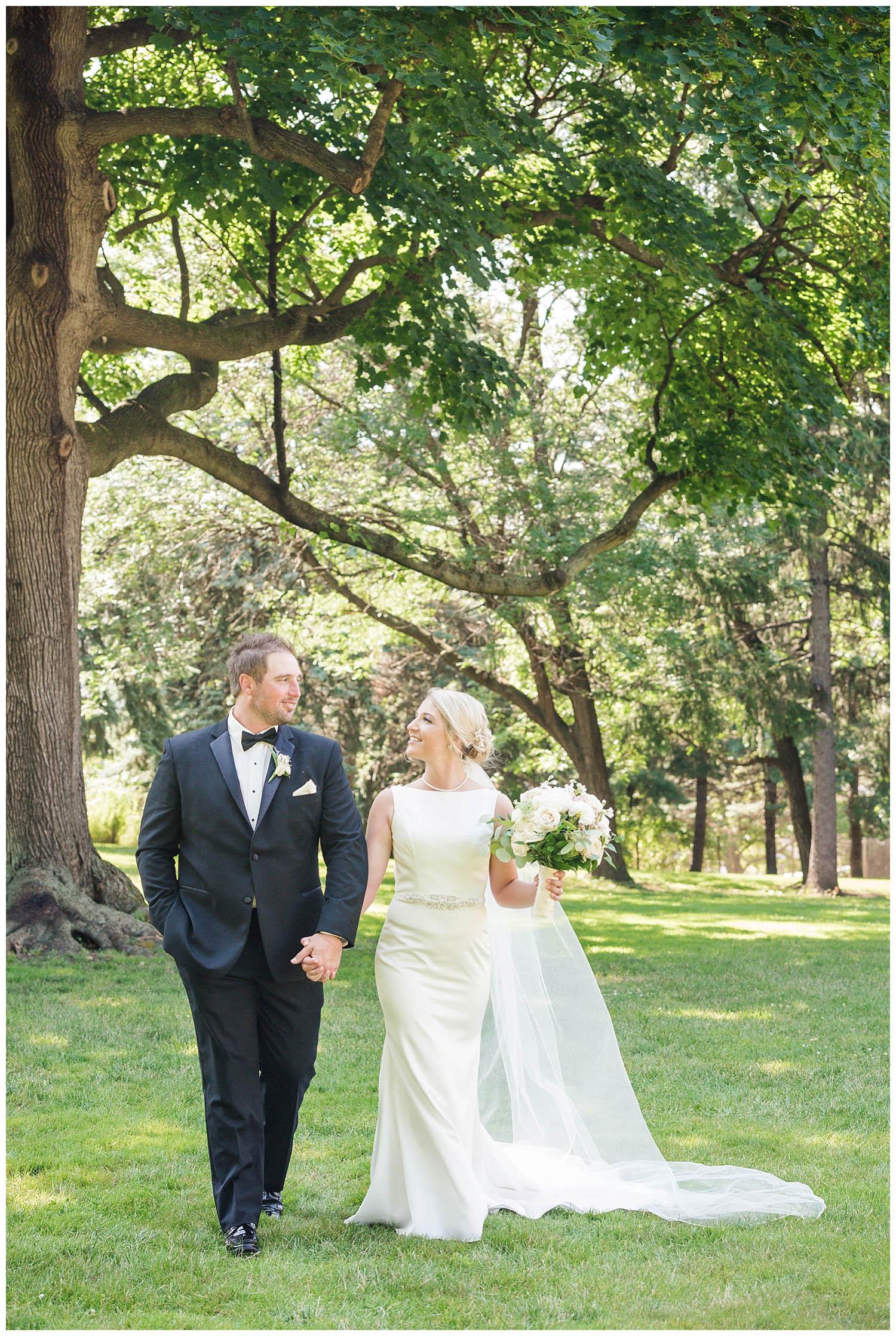 Lackawanna_Radisson_Wedding_041.jpg