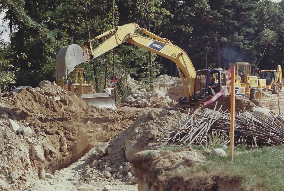 Ralph digging a trench in 1988