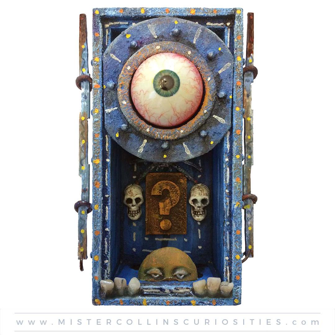 Spooky Shrine: Curious