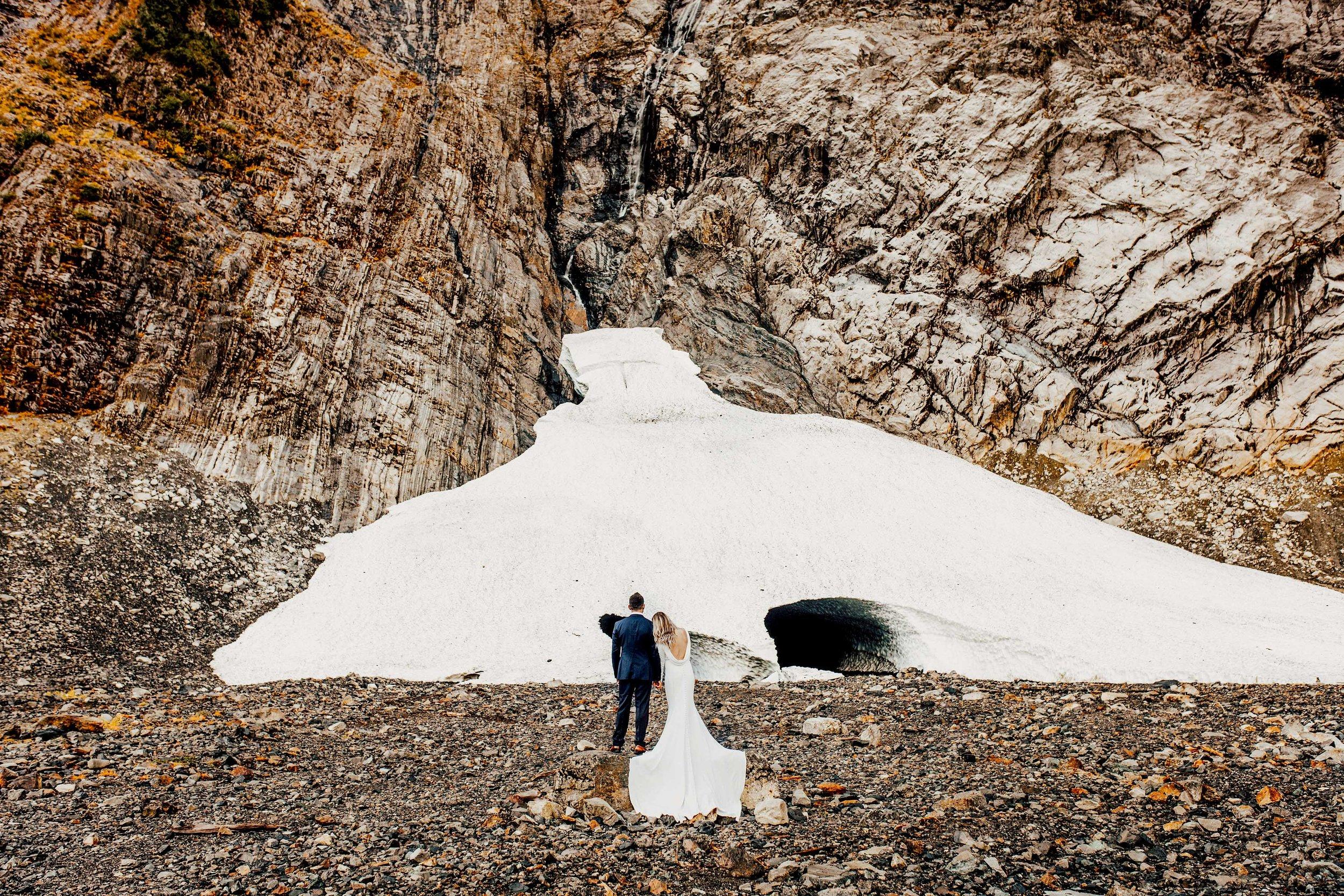 granitefallsicecave_pnw_elopement_wedding_destinationwedding-1.jpg