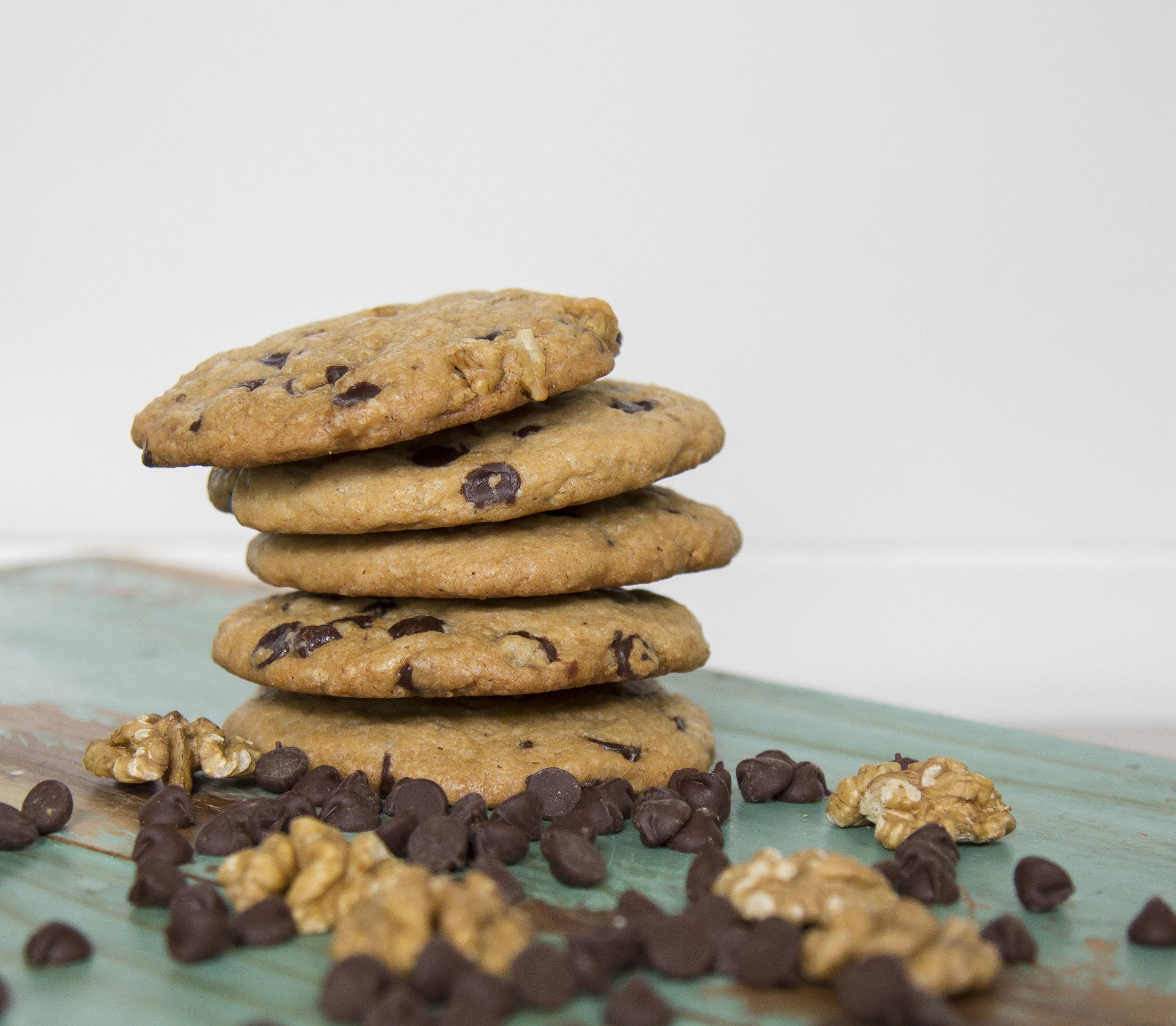 Chocolate Chip Walnut Cookie 25