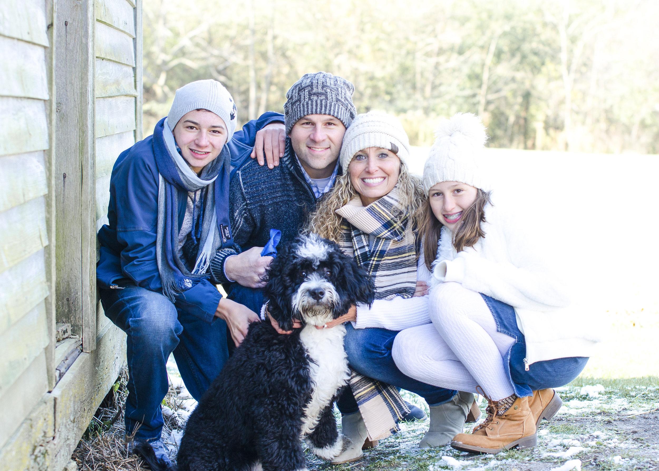 retouch_full_family.jpg