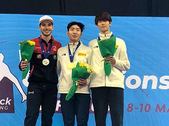 Can't be happier to be back on the podium winning 🥈on 1500m at the world championship !!🙏🏼🤘🏼 // Tellement heureux d'avoir récolté la 🥈sur la distance du 1500m au Championnat du monde! 🙏🏼🤘🏼