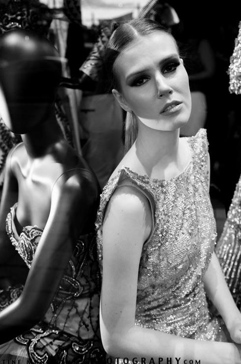 Model Sarah Jehan posing as a live mannequin.