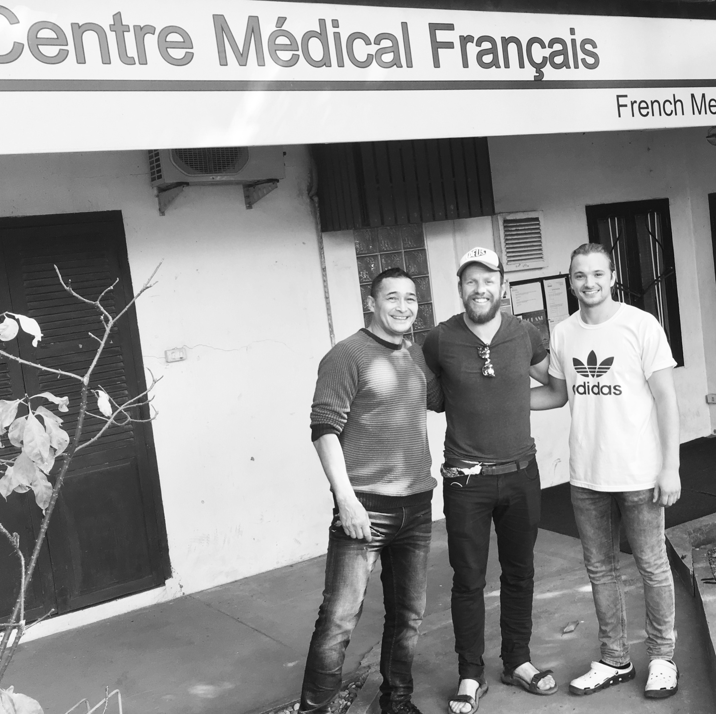 My physio team. Maxim (L), (Moi) and Laurence (R)