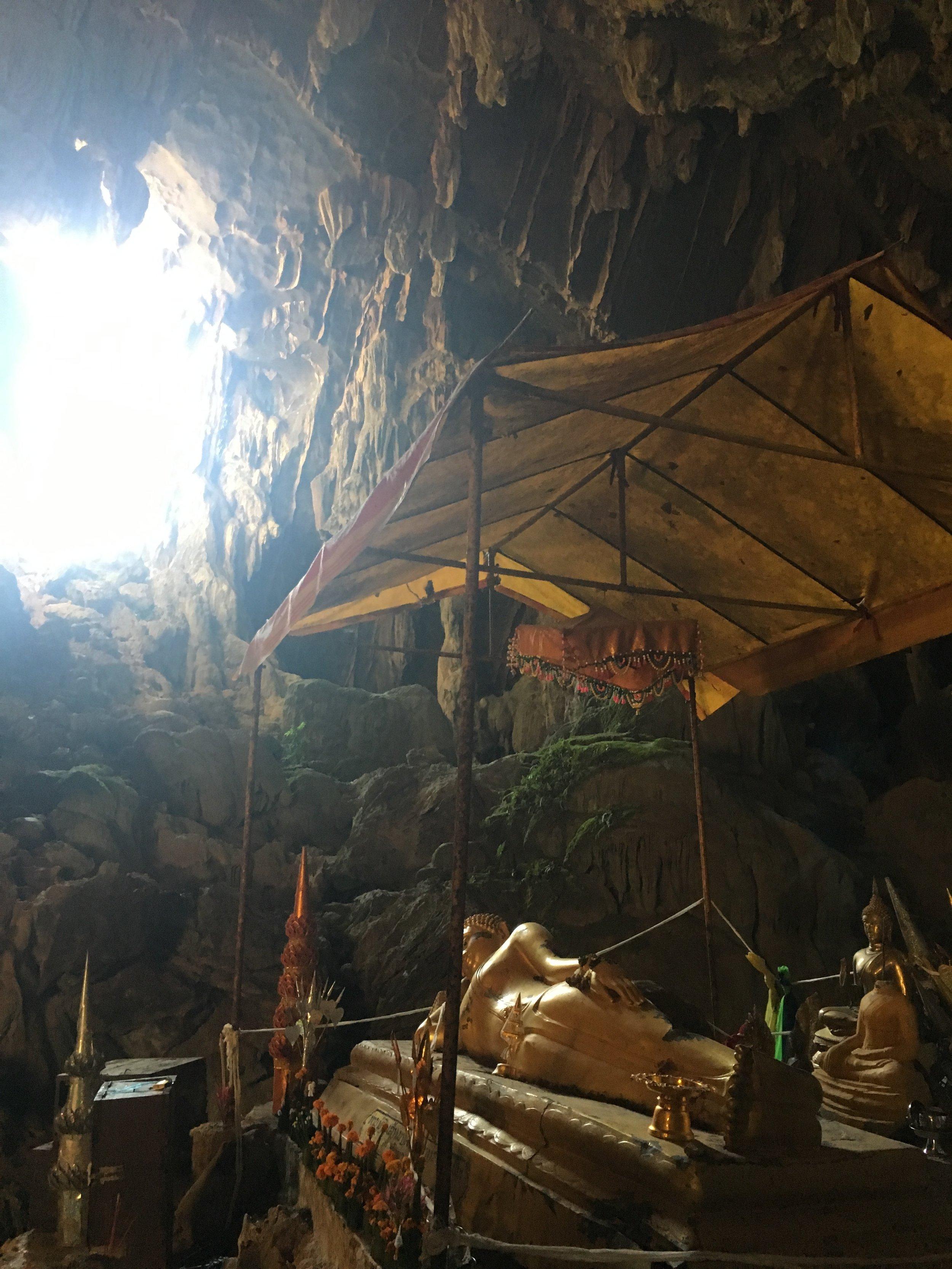 The impressive Tham Phu Kam caves at Blue Lagoon. Incredible