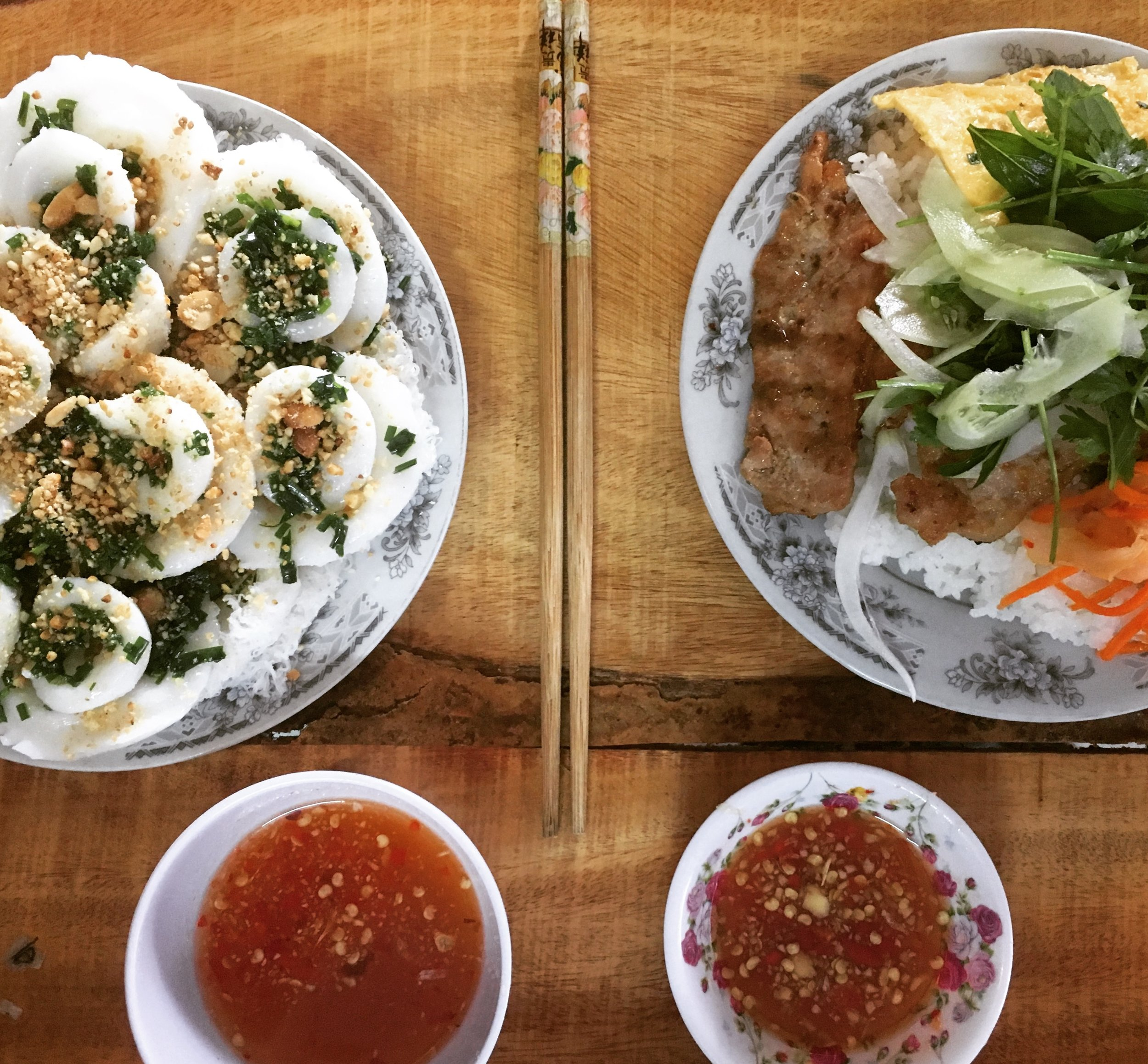 -Banh Boa - Steamed rice powder and water, with peanuts, fish sauce, chilli, spring onion and garlic with crispy shallots and coriander, dipped in a sweet chilli sauce which were so good and a local delicacy apparently.