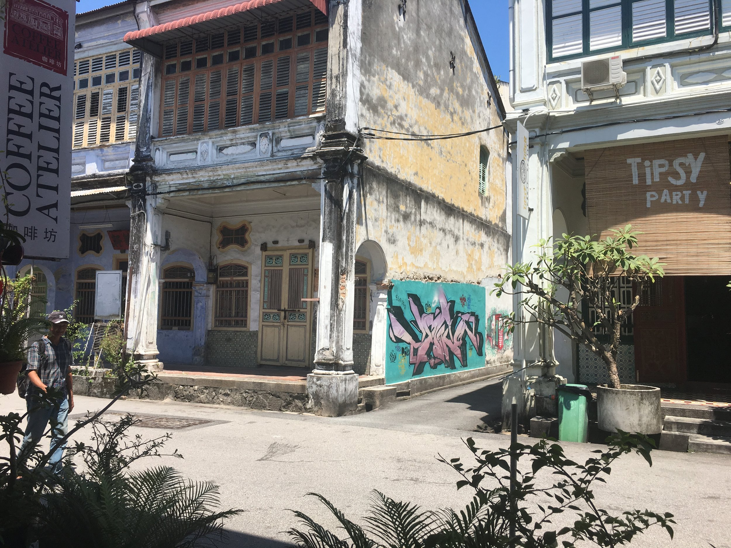 The Colonial buildings throughout Malaysia are beautiful, especially in George Town where the street art is wonderfully juxtaposed against these beautiful buildings.
