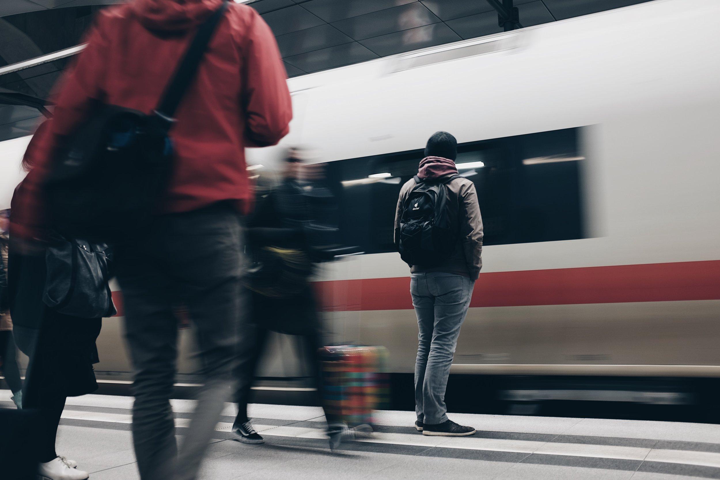 Shanghai High Speed Train.jpg