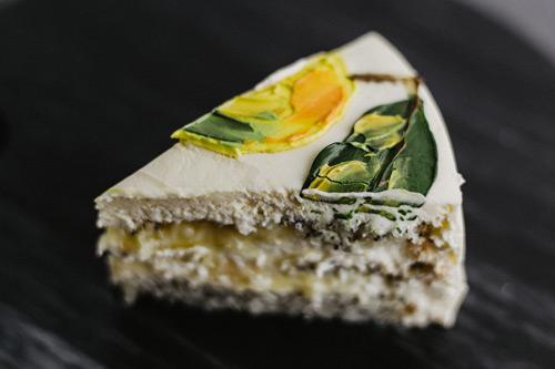 маково-лимонный - текстурные маковые бисквиты, лимонный курд, сырный кем.