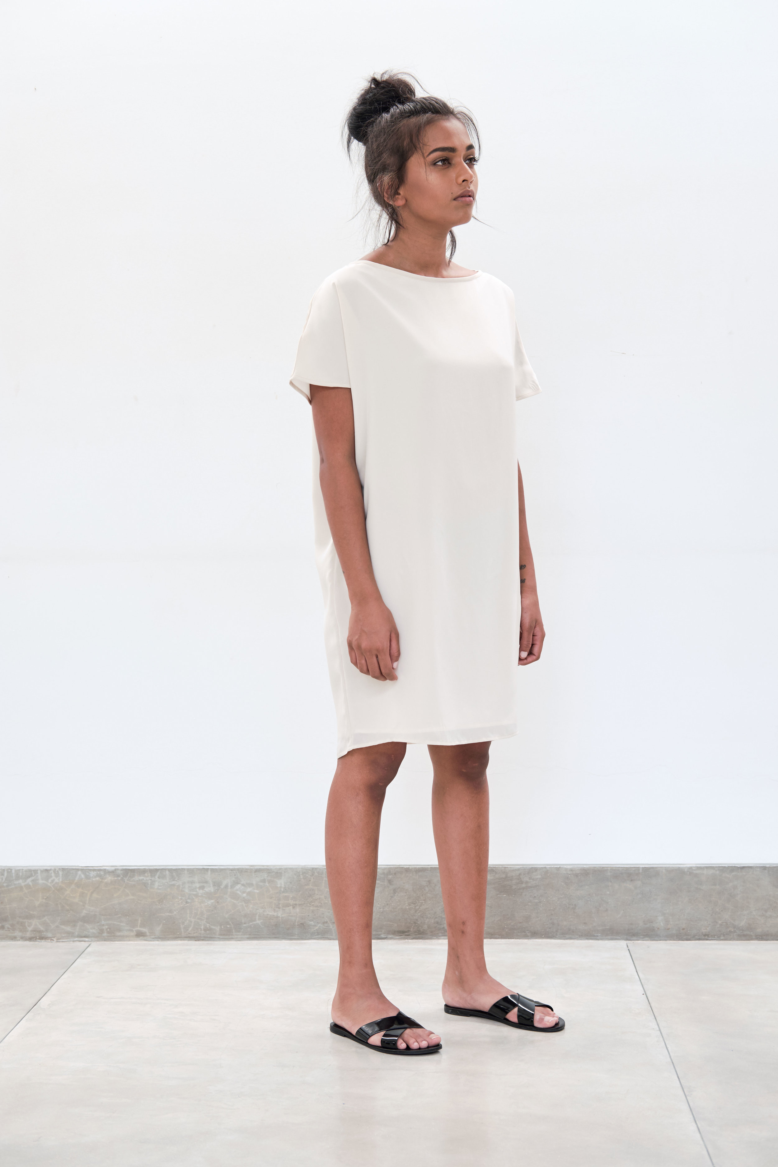 Summer-Boat-Neck-Tunic---ivory.jpg