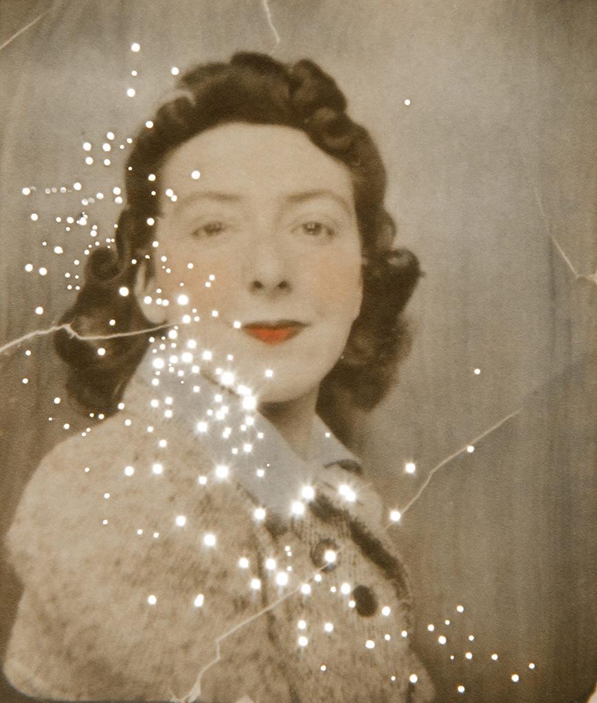 Amy Friend _ Dare alla Luce _ March 28 1942 19 years .jpg