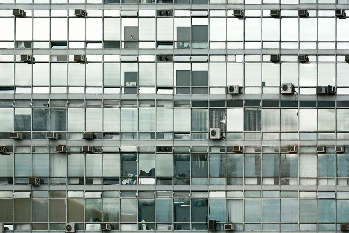 100 Windows
