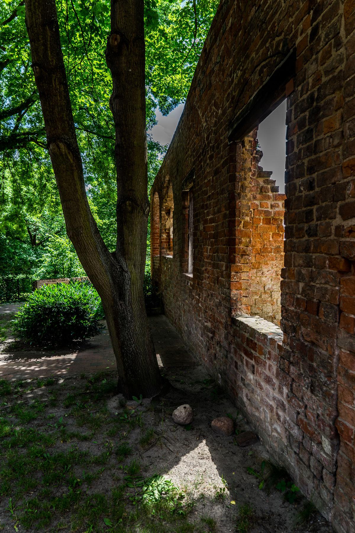 Rainer_Steussloff_Sacred_places_Kloster_Lehnin.jpg