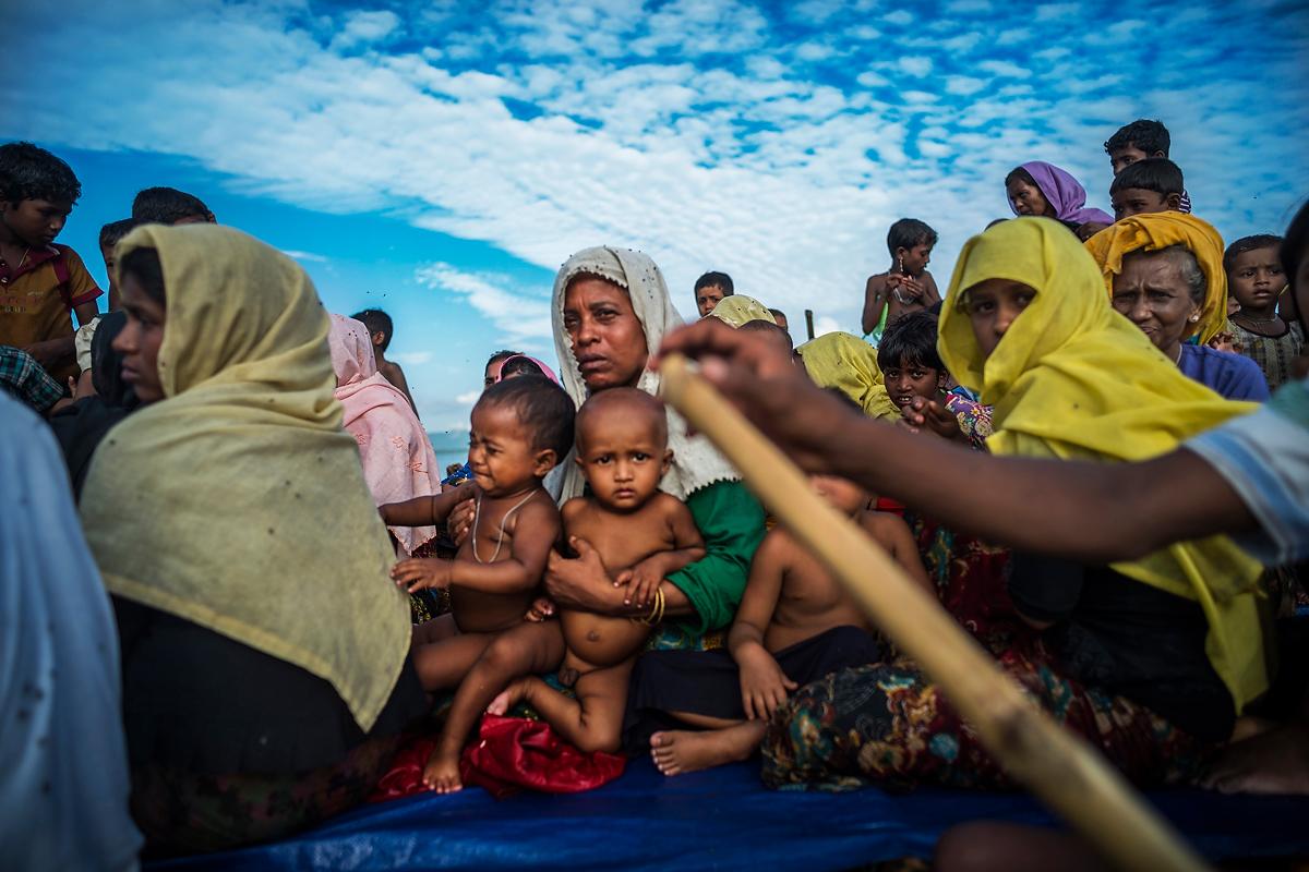 Richard Tsong-Taatarii_Rohingya Refugee Crisis_02.jpg