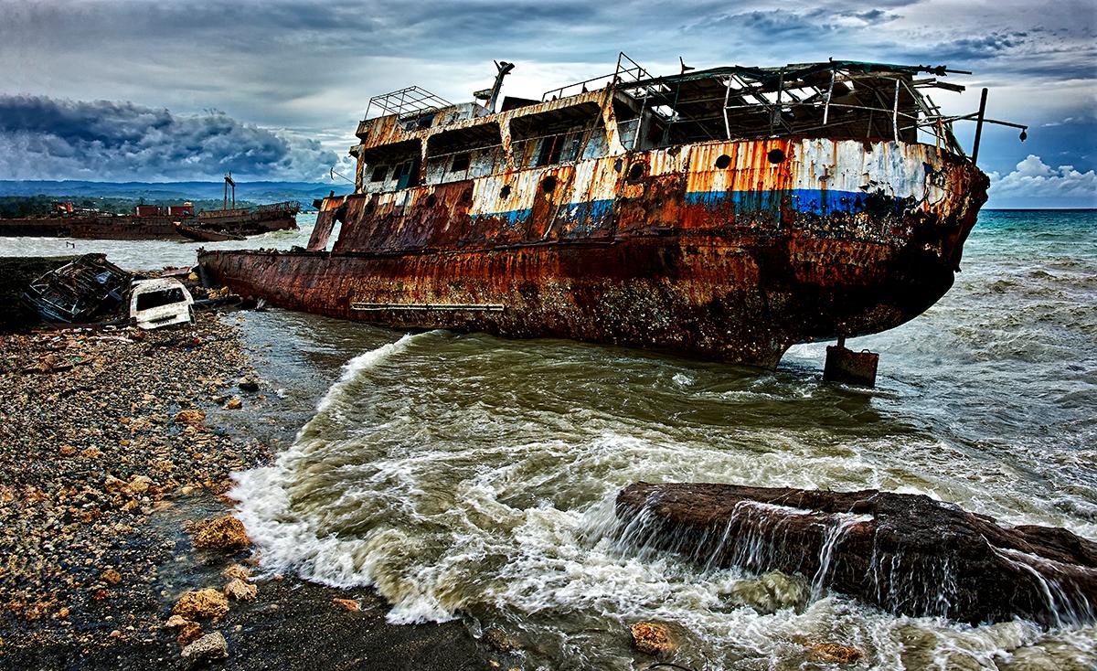 Stuart Chape_Ship wreck.jpg