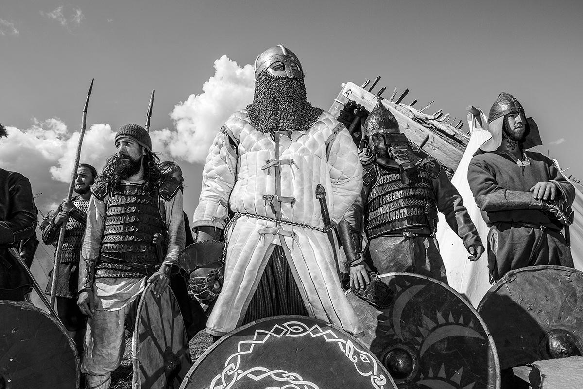 Boguslaw Maslak_Slavic & Viking Festival_03 Preparing for Battle.jpg