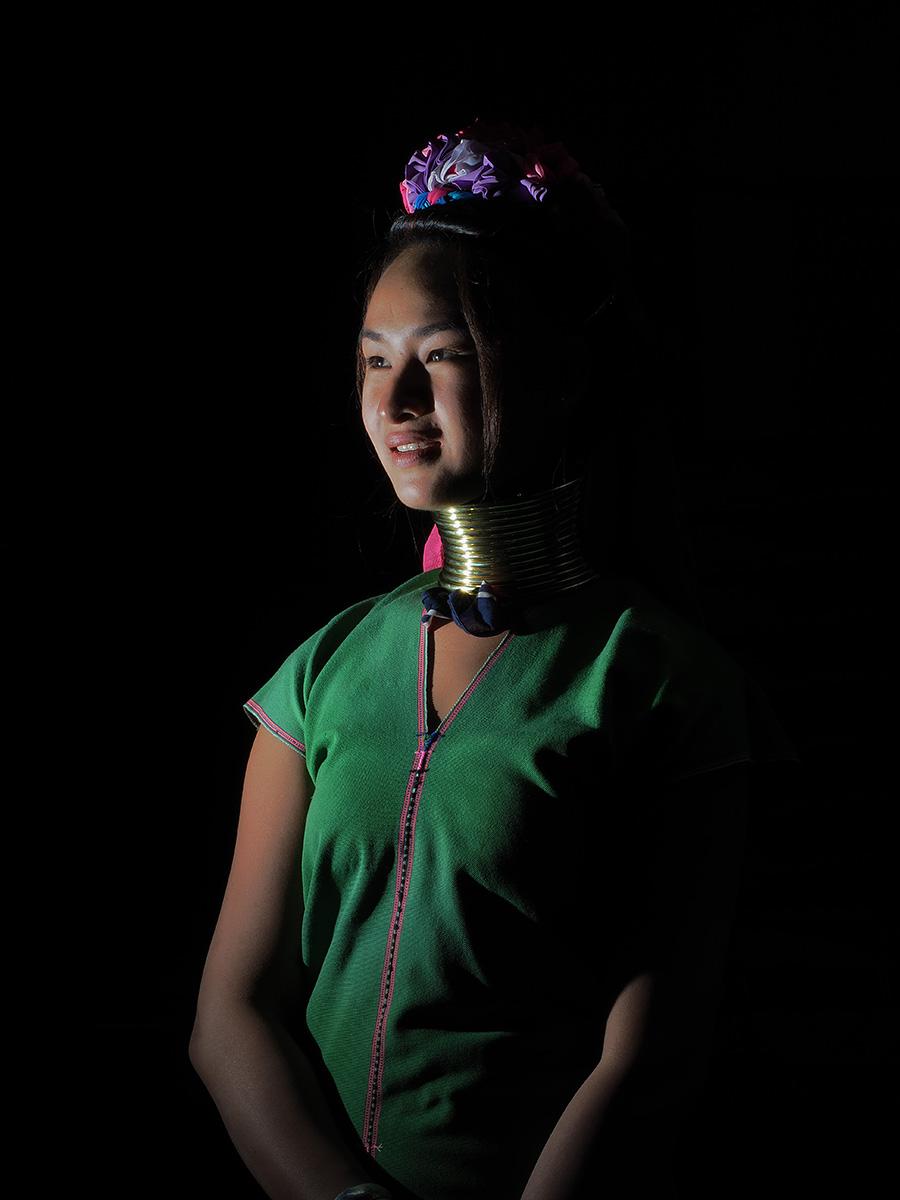 RanjanRamchandani_The Paudaung Women of Myanmar_Untitled2.jpg