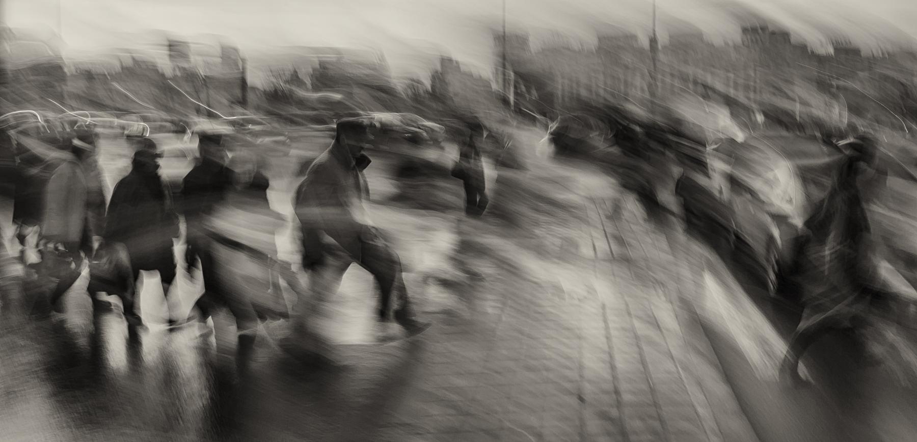 Daniel Munteanu_BucharestStreets_Crossroads.jpg