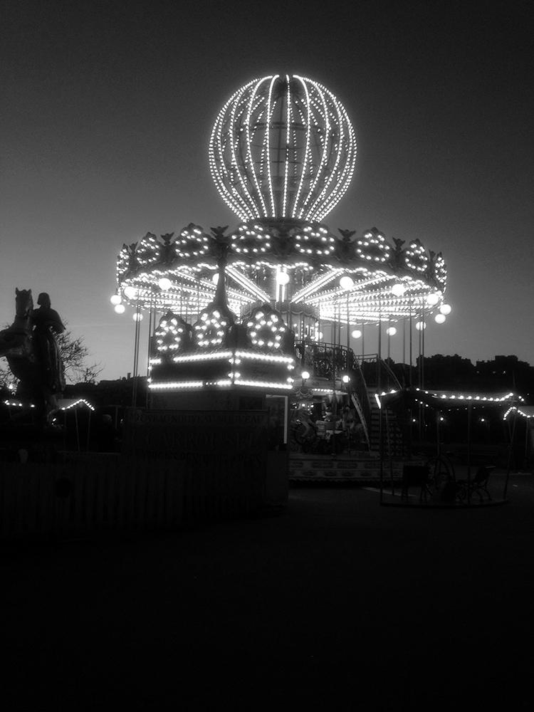 Mia Wisnosi_Paris Night Swing_Paris Streets Series_jpg.jpg