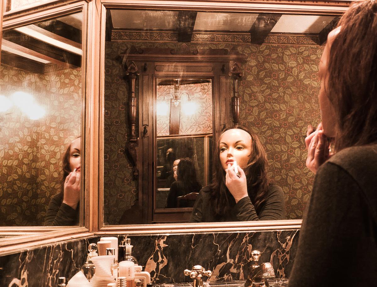 SusanBorowitz_Toilette.jpg