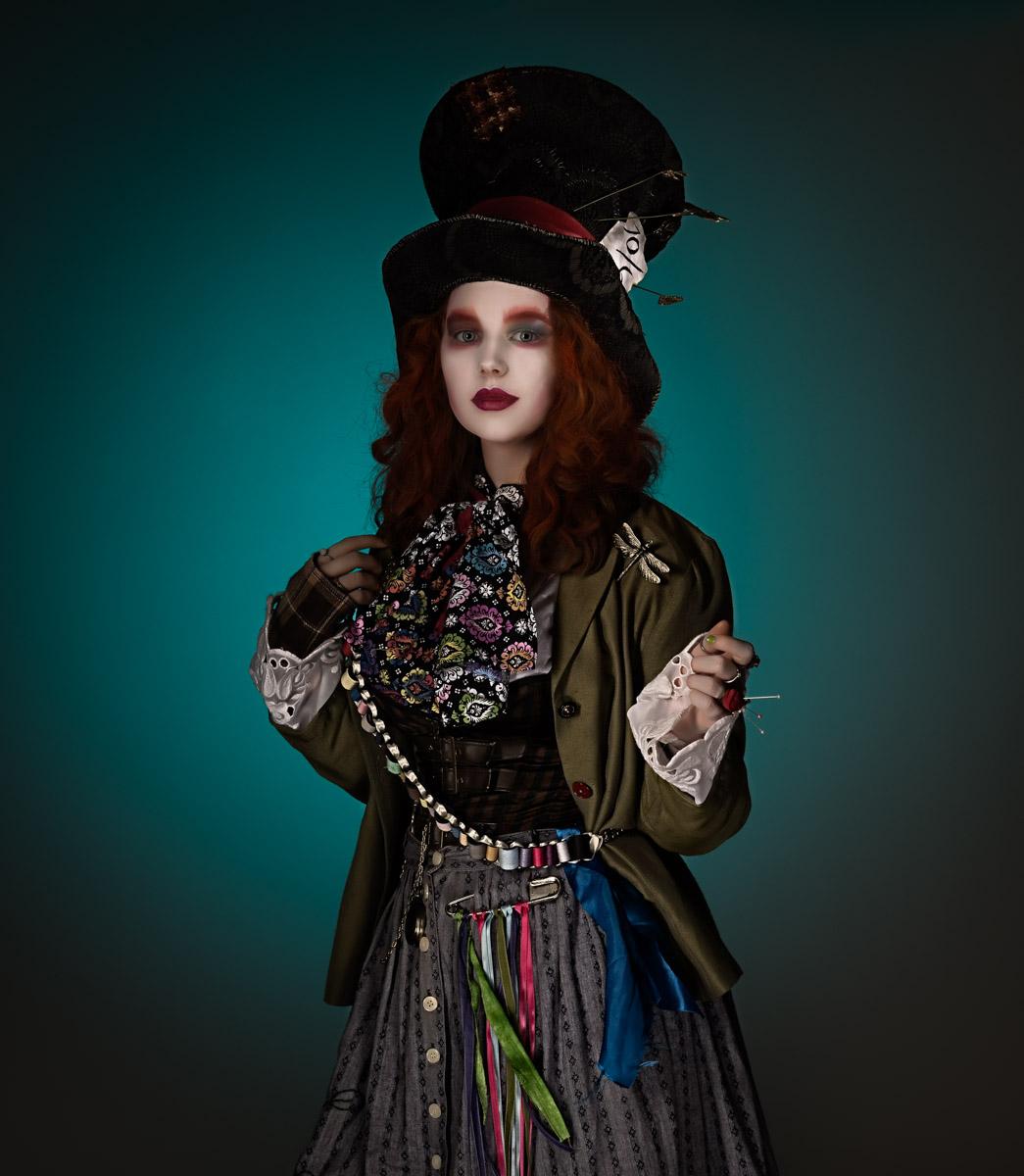 Susan Onysko_(ColorsofCosplay)_MadHatter.jpg