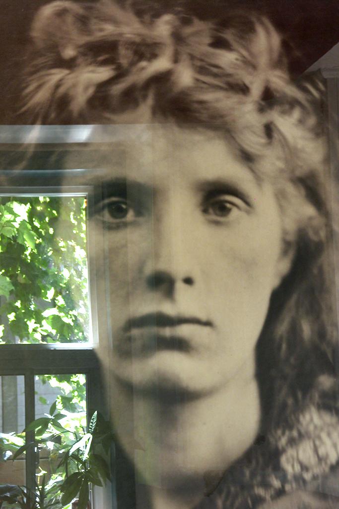 Linda Briskin_Ode to Julia Margaret Cameron(ii).jpg