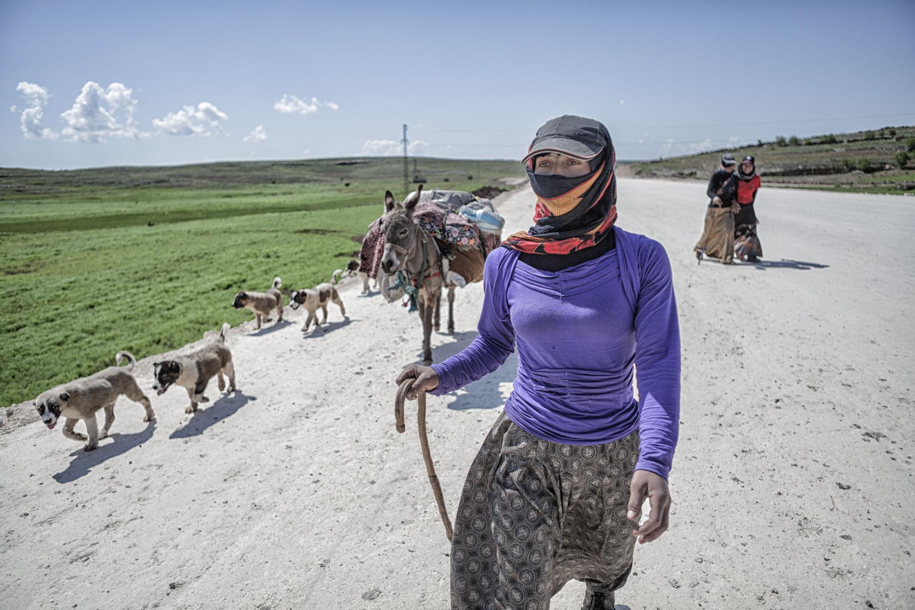Nadir_Bucan_Nomads of Eastern Anatolia_01_1.jpg