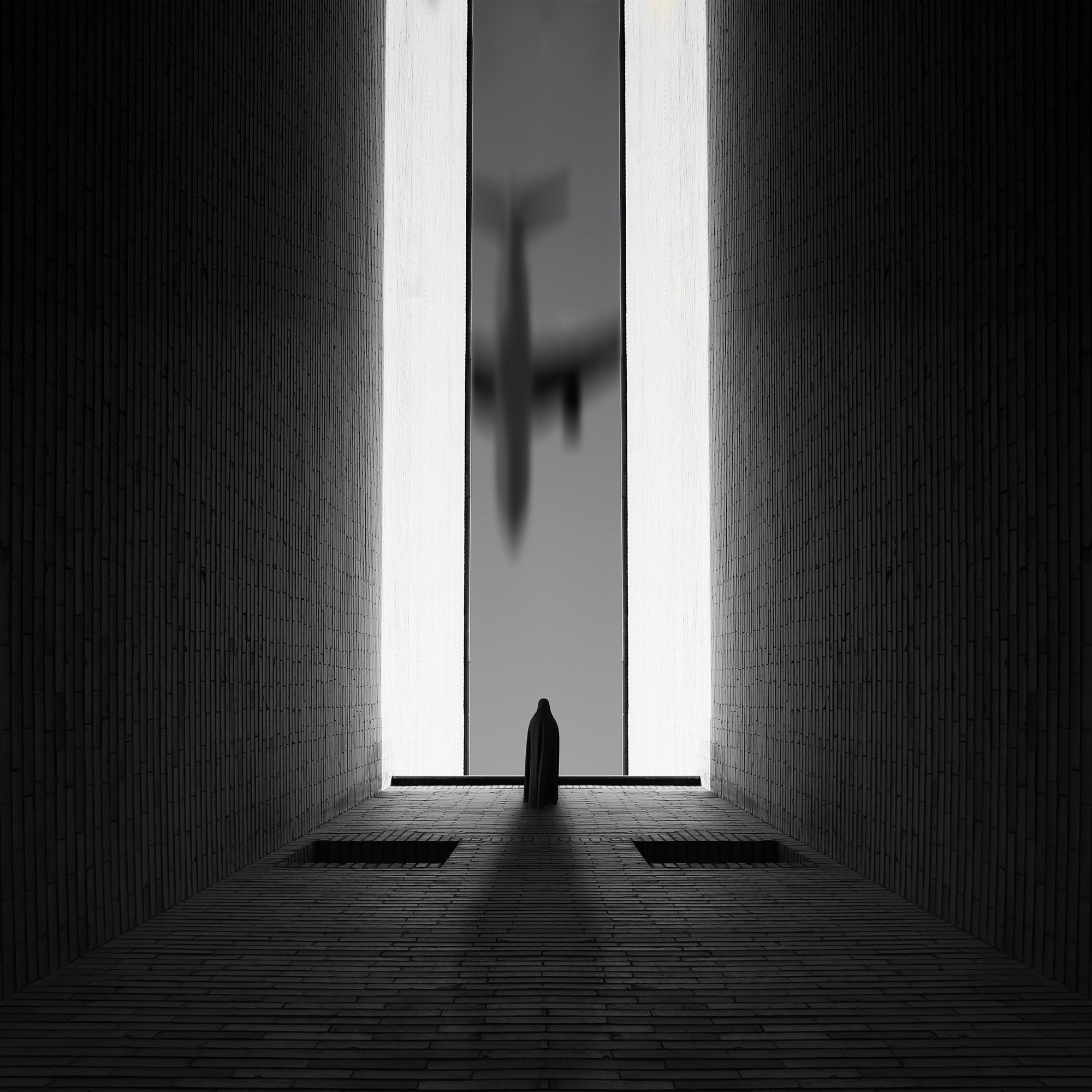 Milad_Safabakhsh_The spce in between By Milad safabakhsh (4).jpg