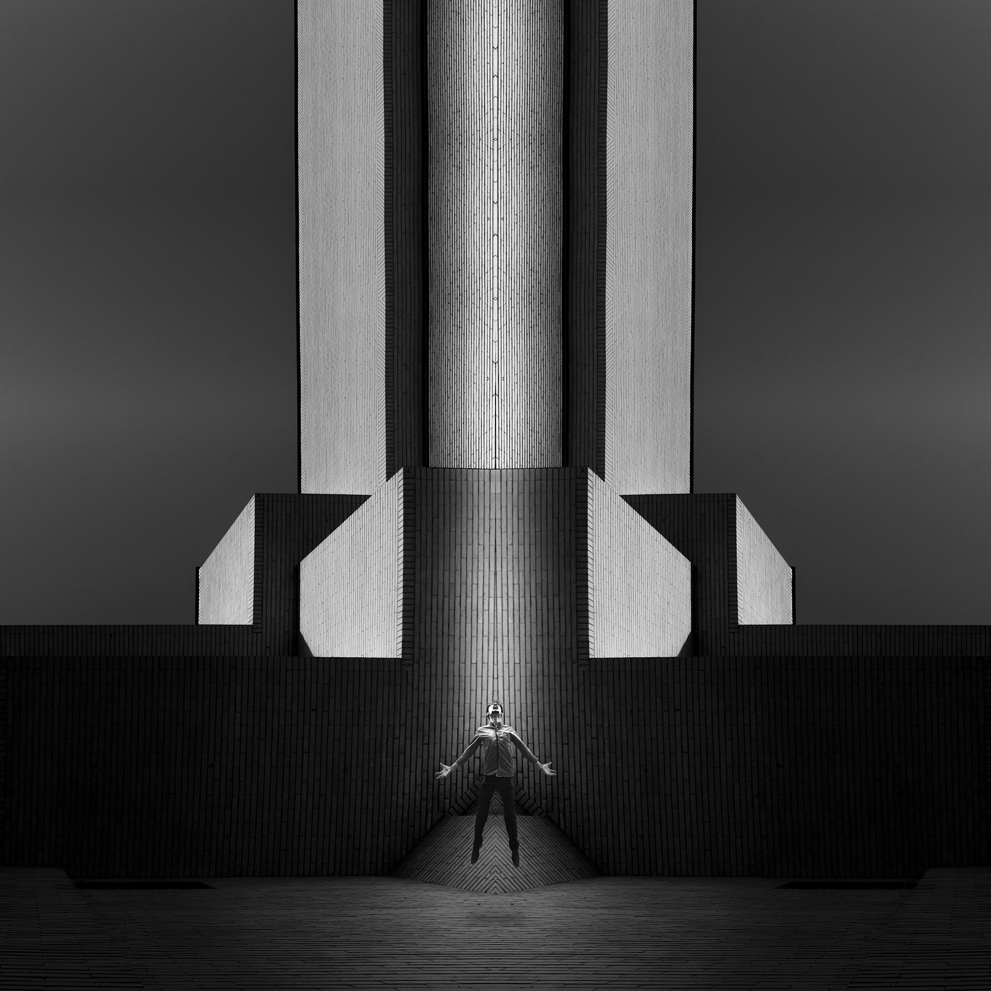 Milad_Safabakhsh_The spce in between By Milad safabakhsh (6).jpg