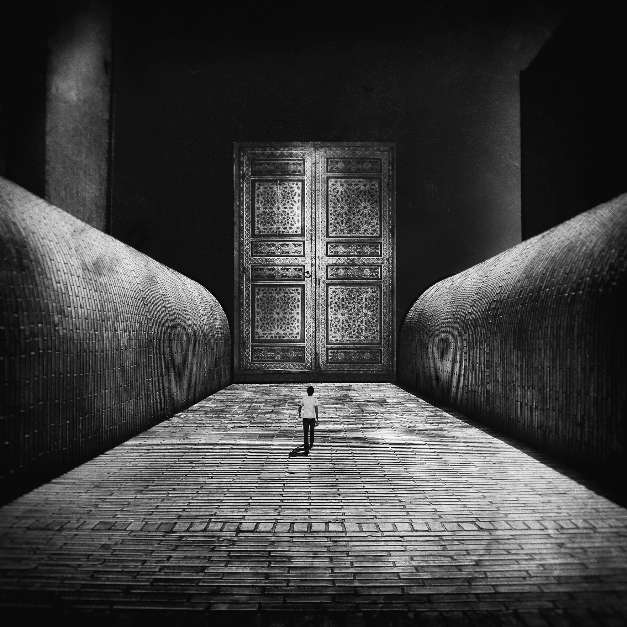 Milad_Safabakhsh_The spce in between By Milad safabakhsh (8).jpg
