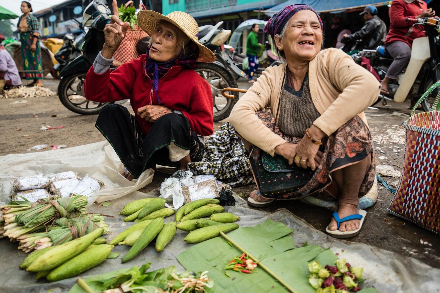 57_Kathleen_Gerber_Women in the Market.jpg