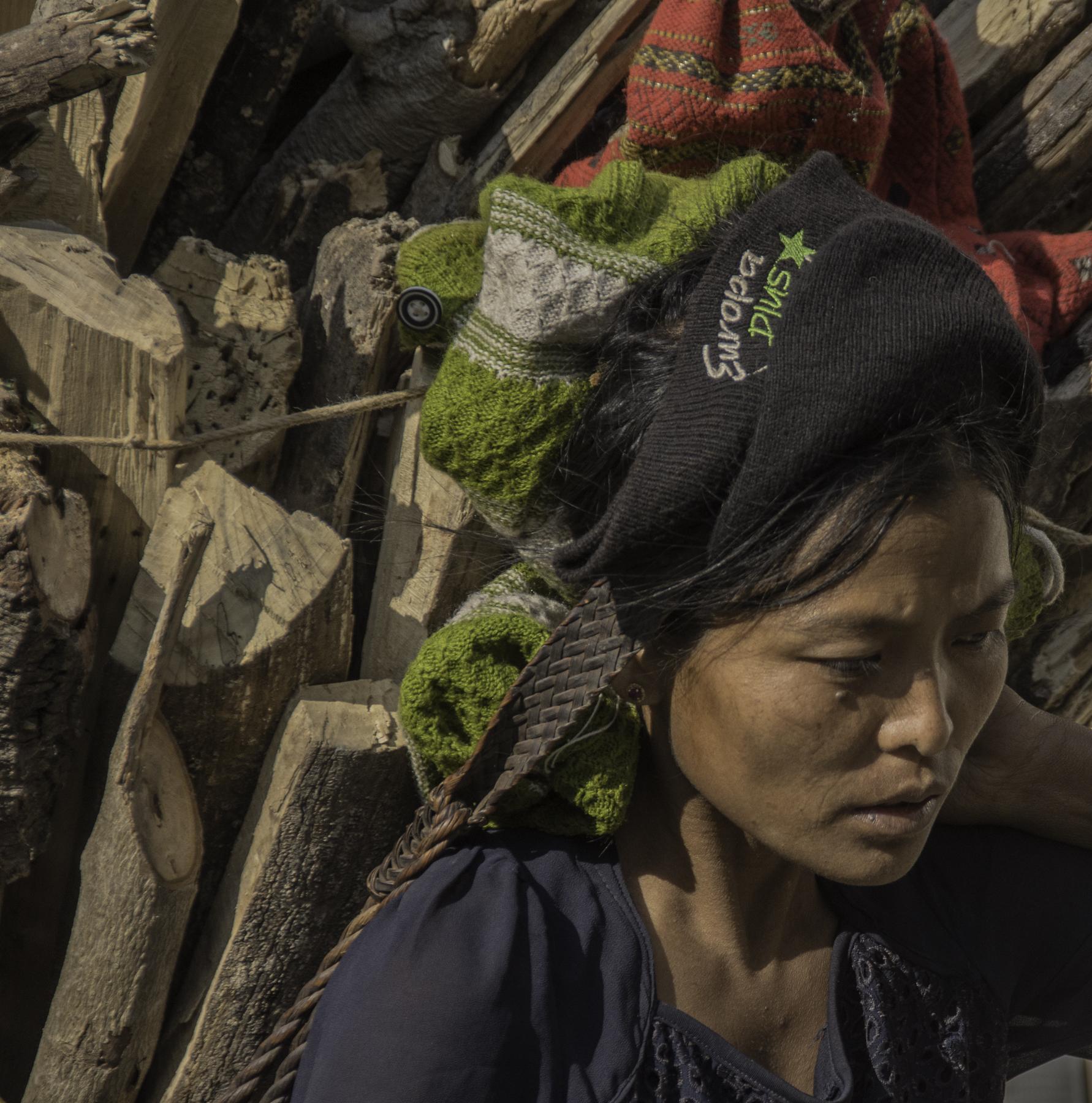 Maddi_Ring_MyanmarWoman.jpg