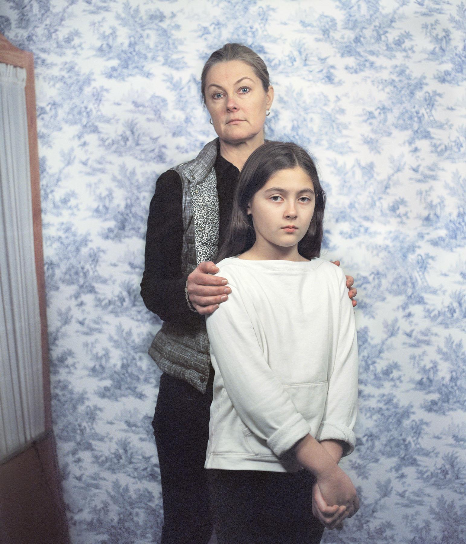 Eva_Ermert_Mothers&Daughters_Cecilia&Gabriella_5.jpg