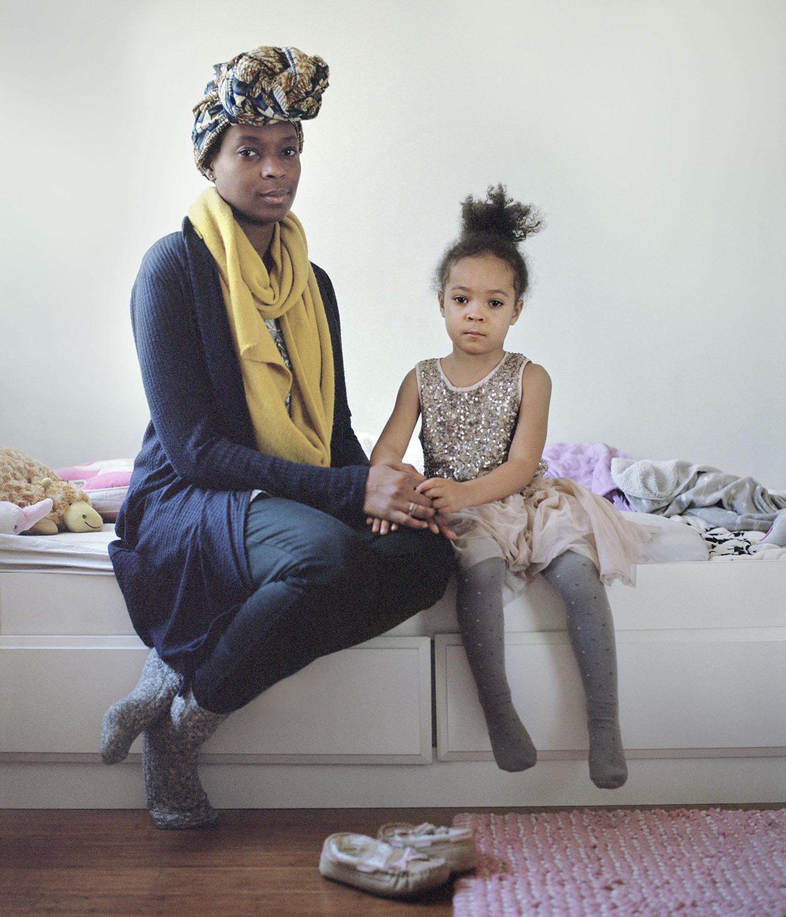 Eva_Ermert_Mothers&Daughters_Tomi&Abigail_1.jpg