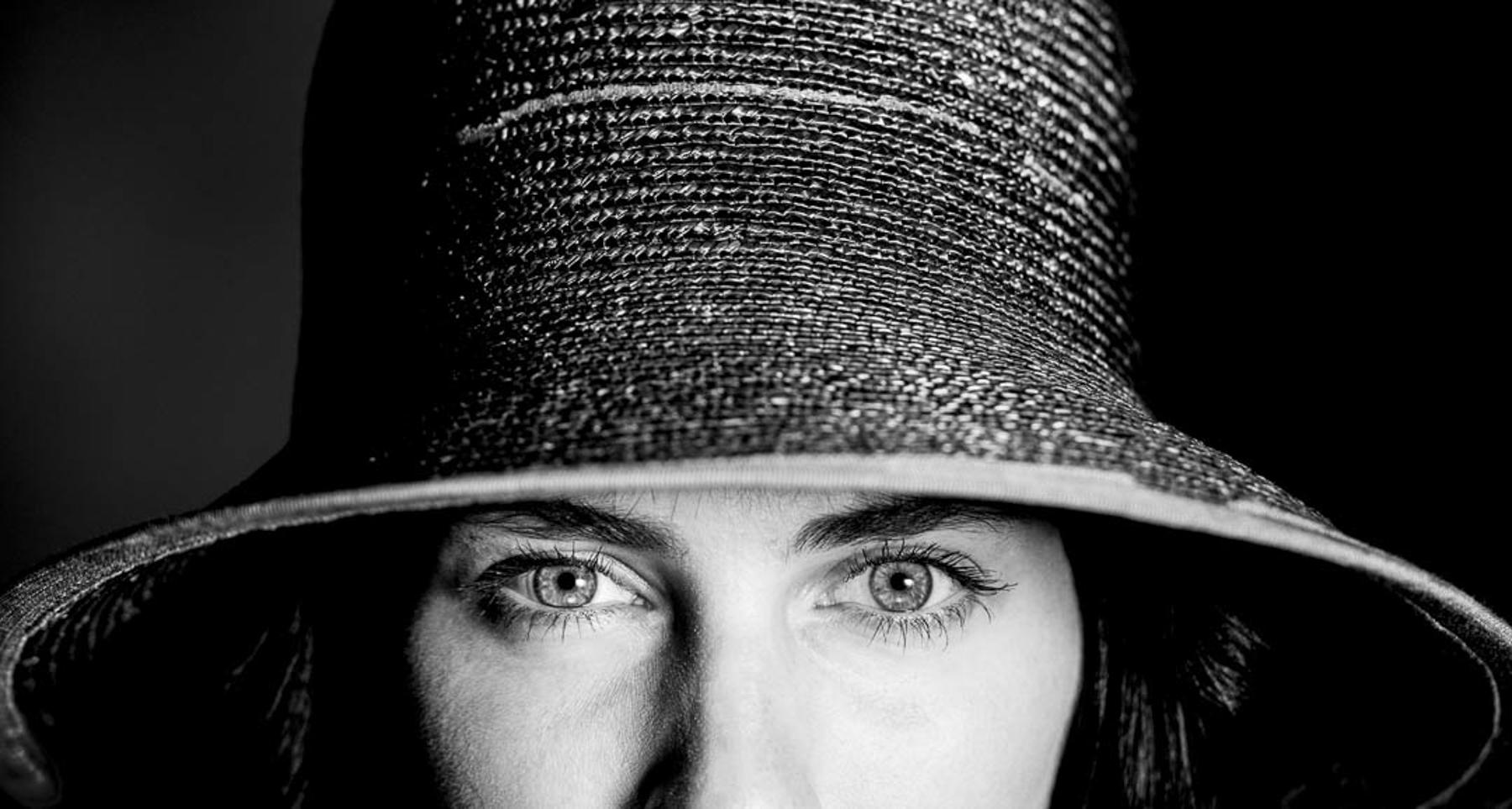 Isabel_Karl-Herunter_The Eyes Have It.jpg