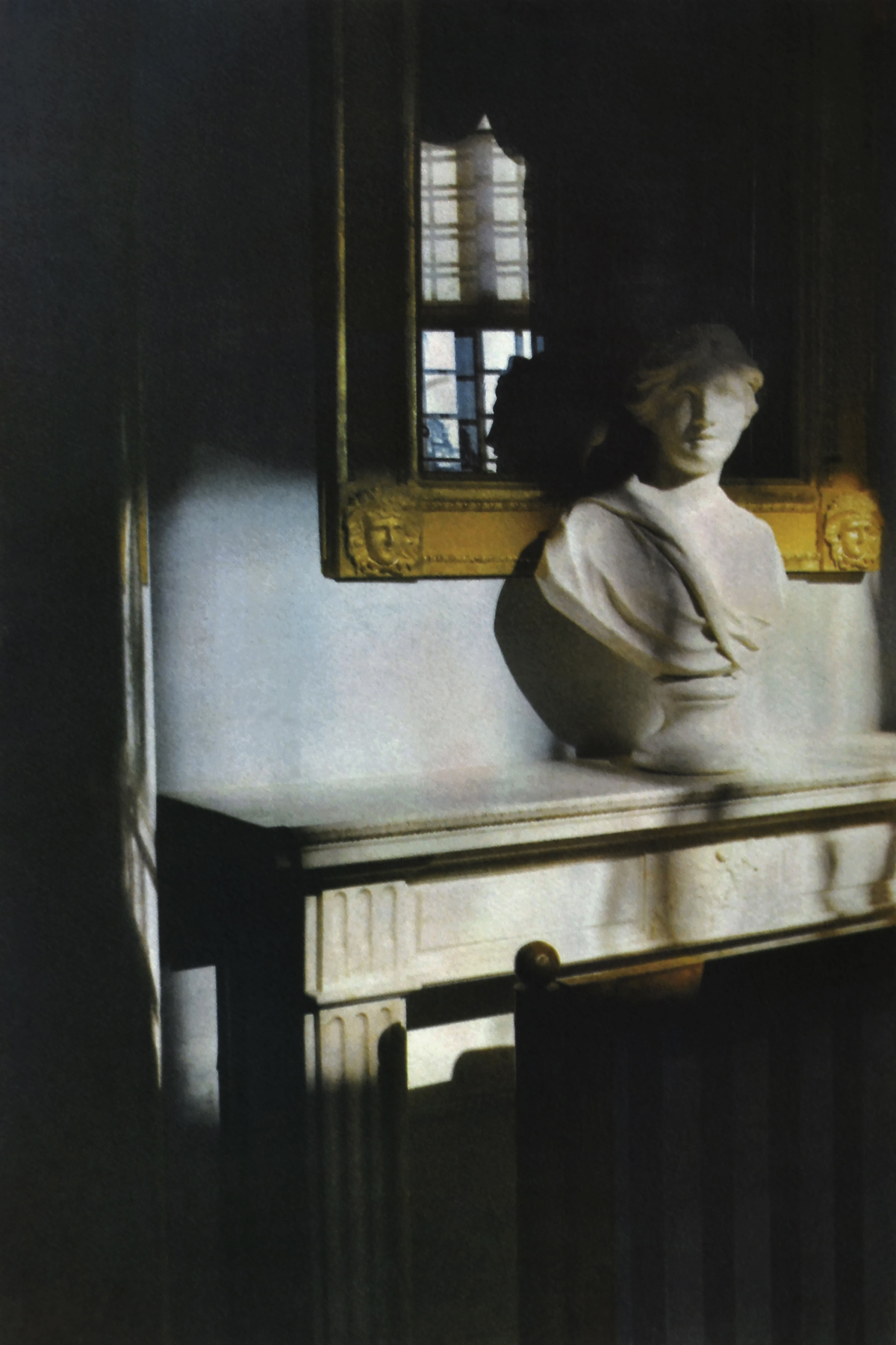 Maria_Vinogradova_Alone in a Palace_Museum-Attendant's Daydream at Sunset_5.jpg