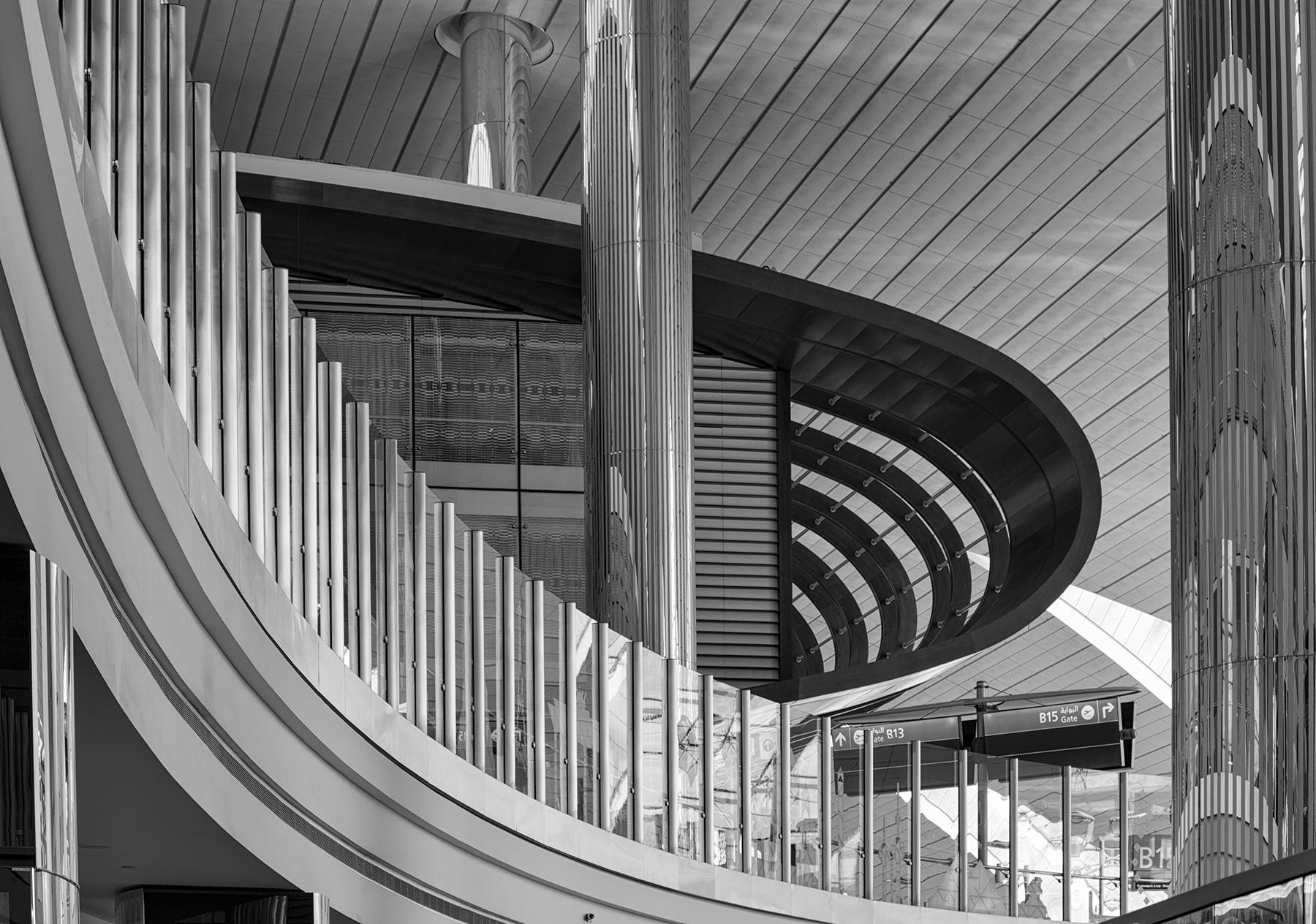 Brian_Jones_Whorls_Whorl 1 - Dubai Airport_1.jpg