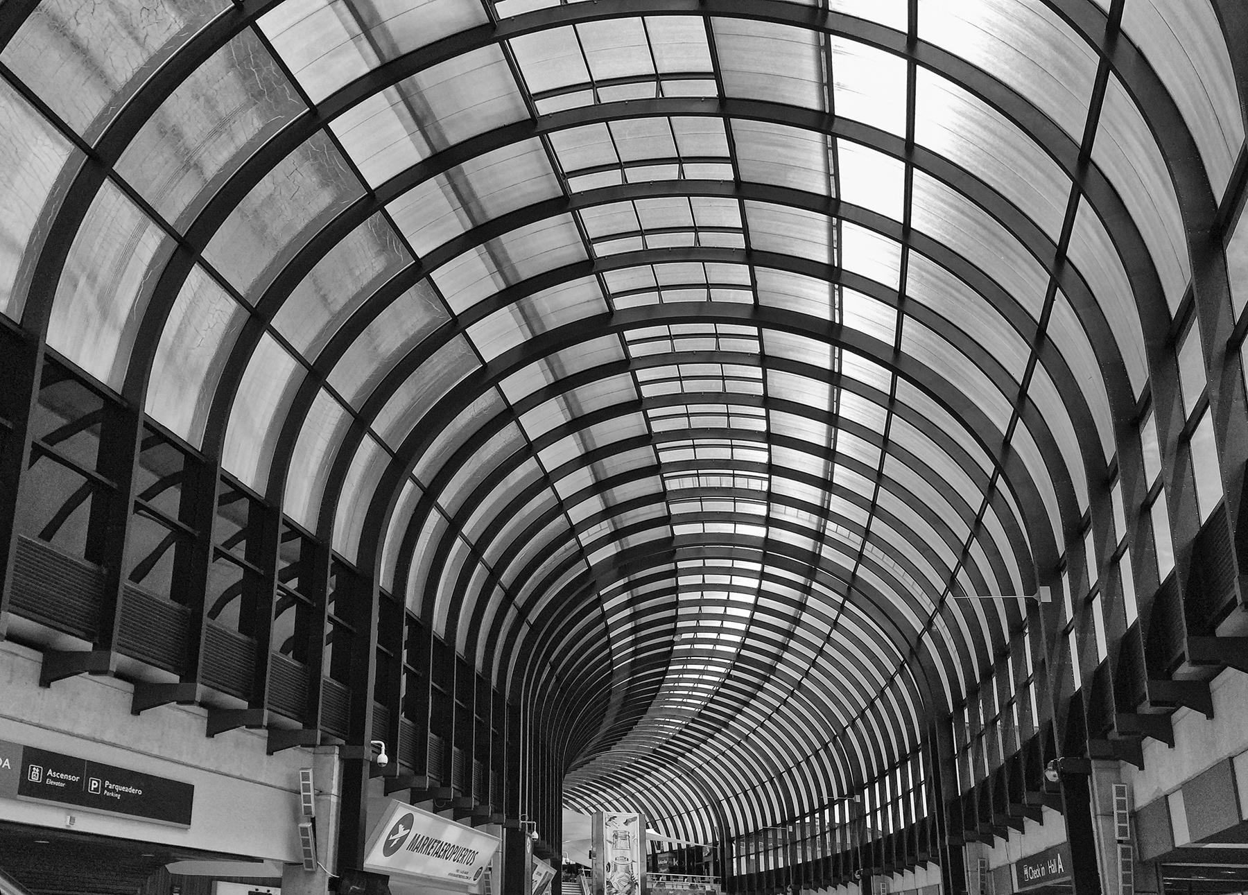 Brian_Jones_Whorl 3 - Medellin Airport.jpg