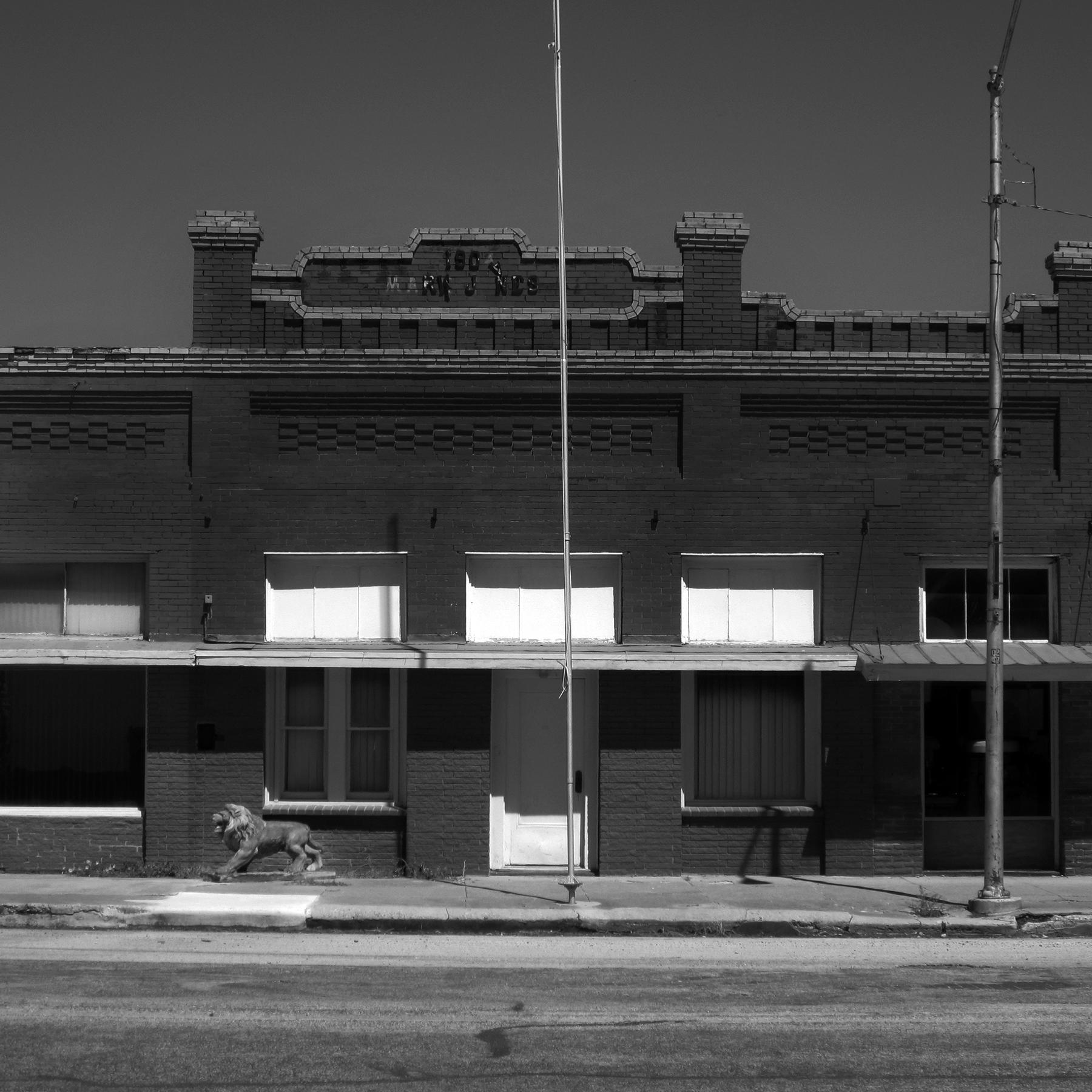 Judith_Birdsong_The Pride of Granger_Jones Building.jpg