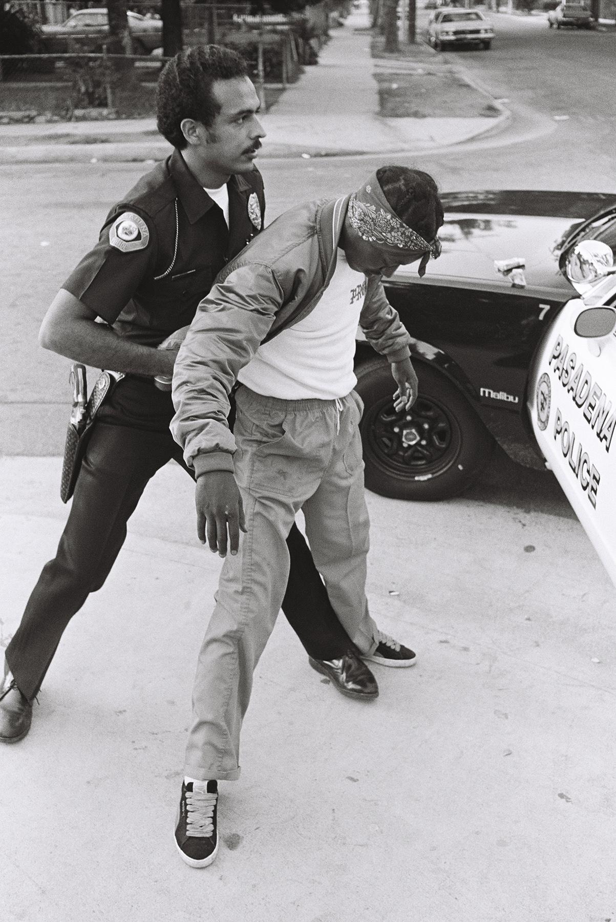 William_Valentine_PasadenaPD_Officer Delgado with Raymond Avenue Crip_3.jpg