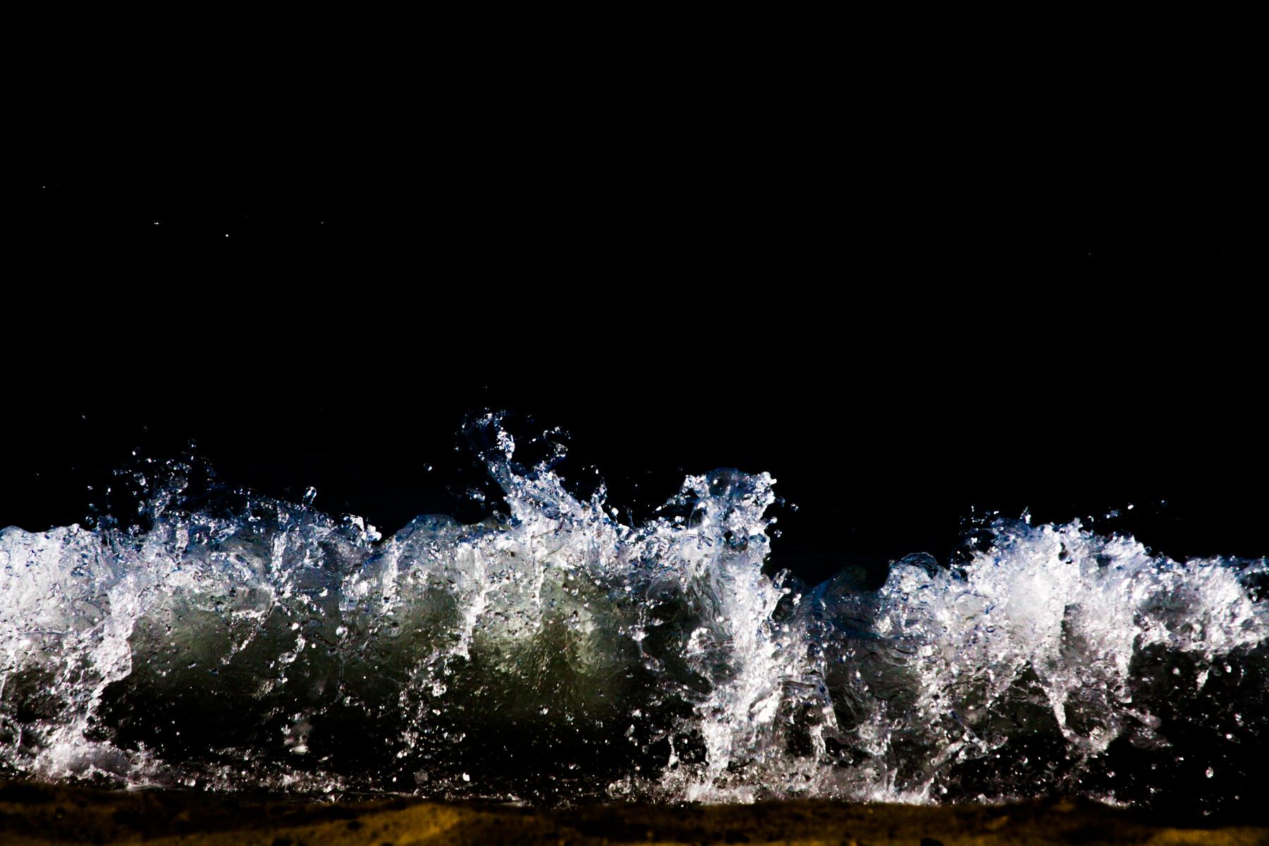 Anastasia_Kioulafa_Waves_Untitled-4.jpg