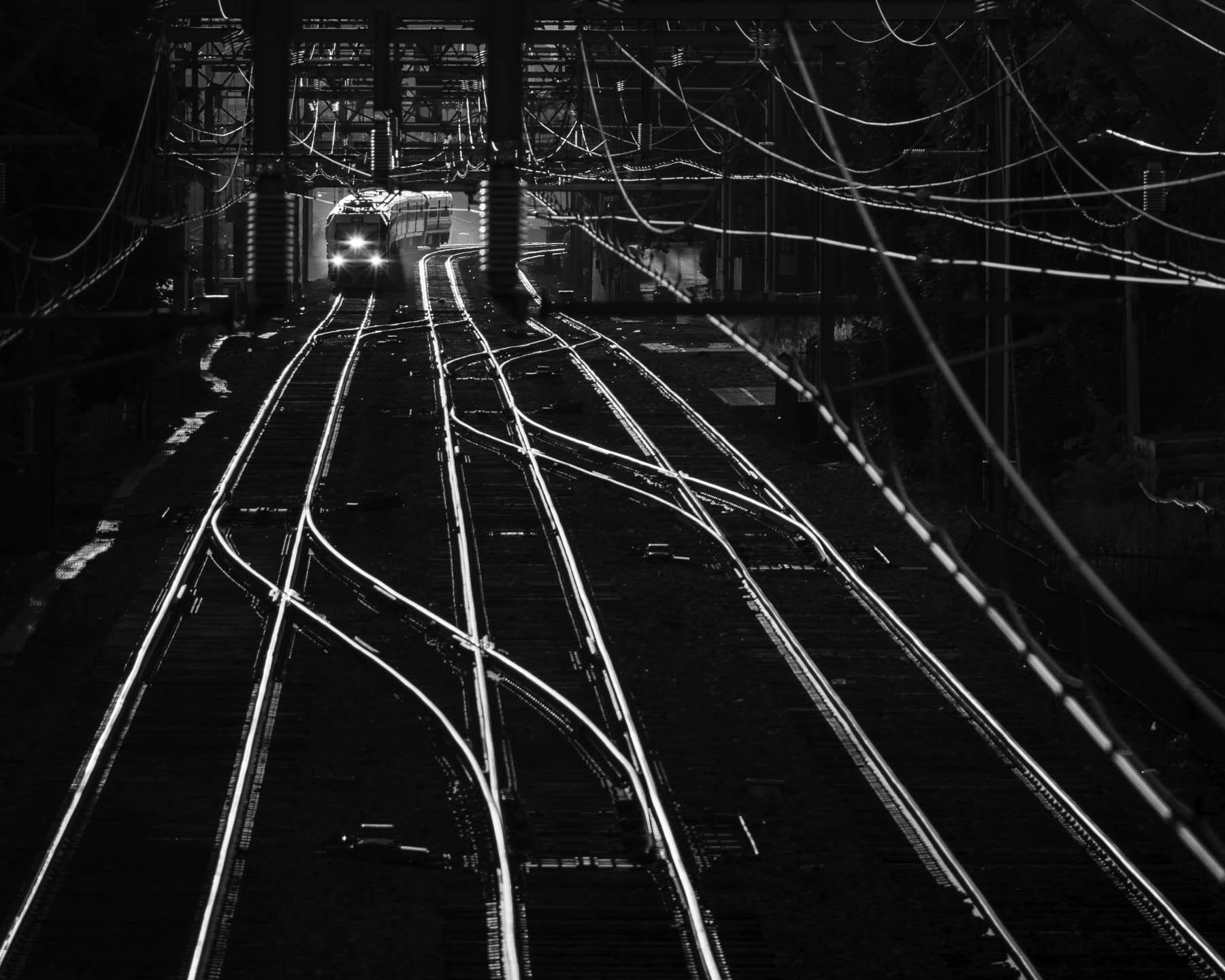34_Eric_Williams_Conduits of Steel_Commuter Corridor_2.jpg