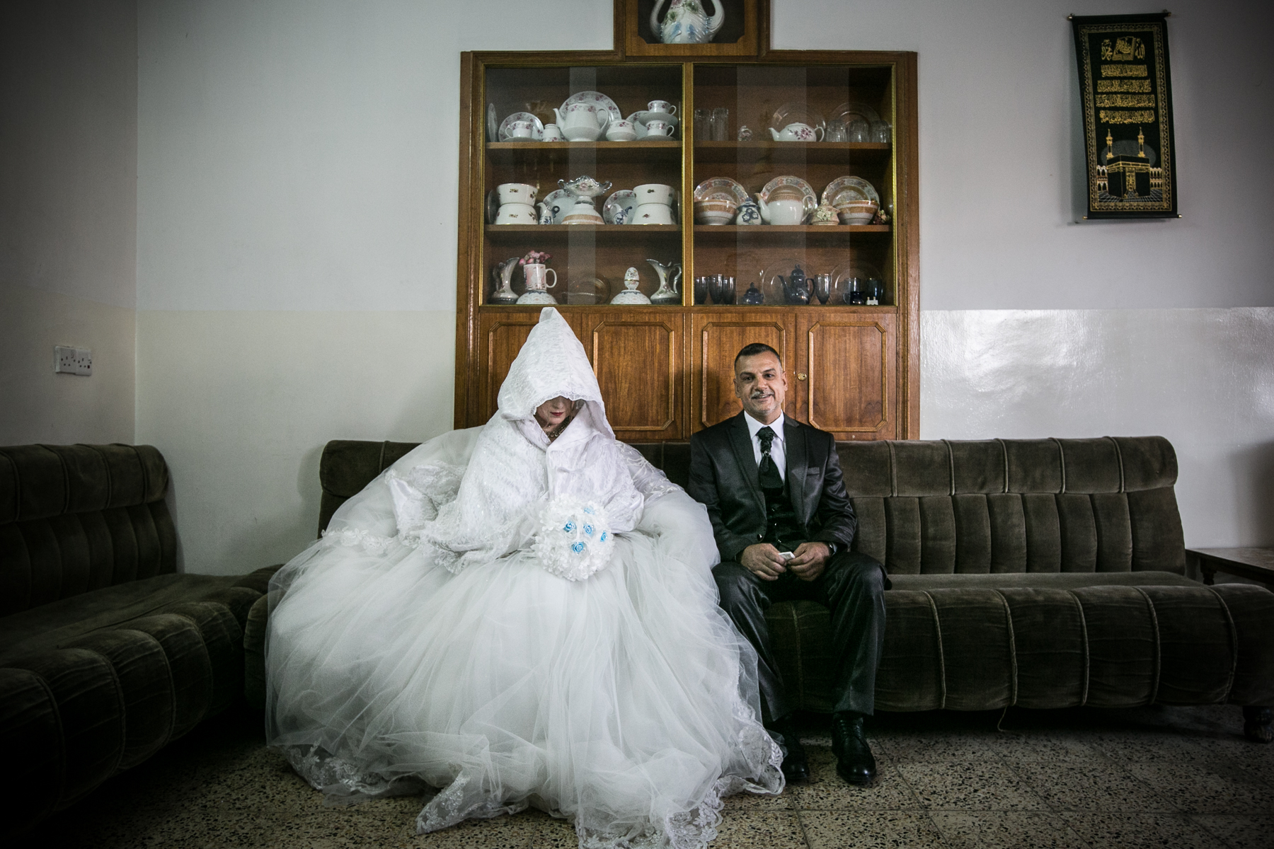Yusuke_Suzuki_The battle for Mosul_Mahmoud and his bride Iklas got married after Mosul was liberated from ISIS_06.jpg