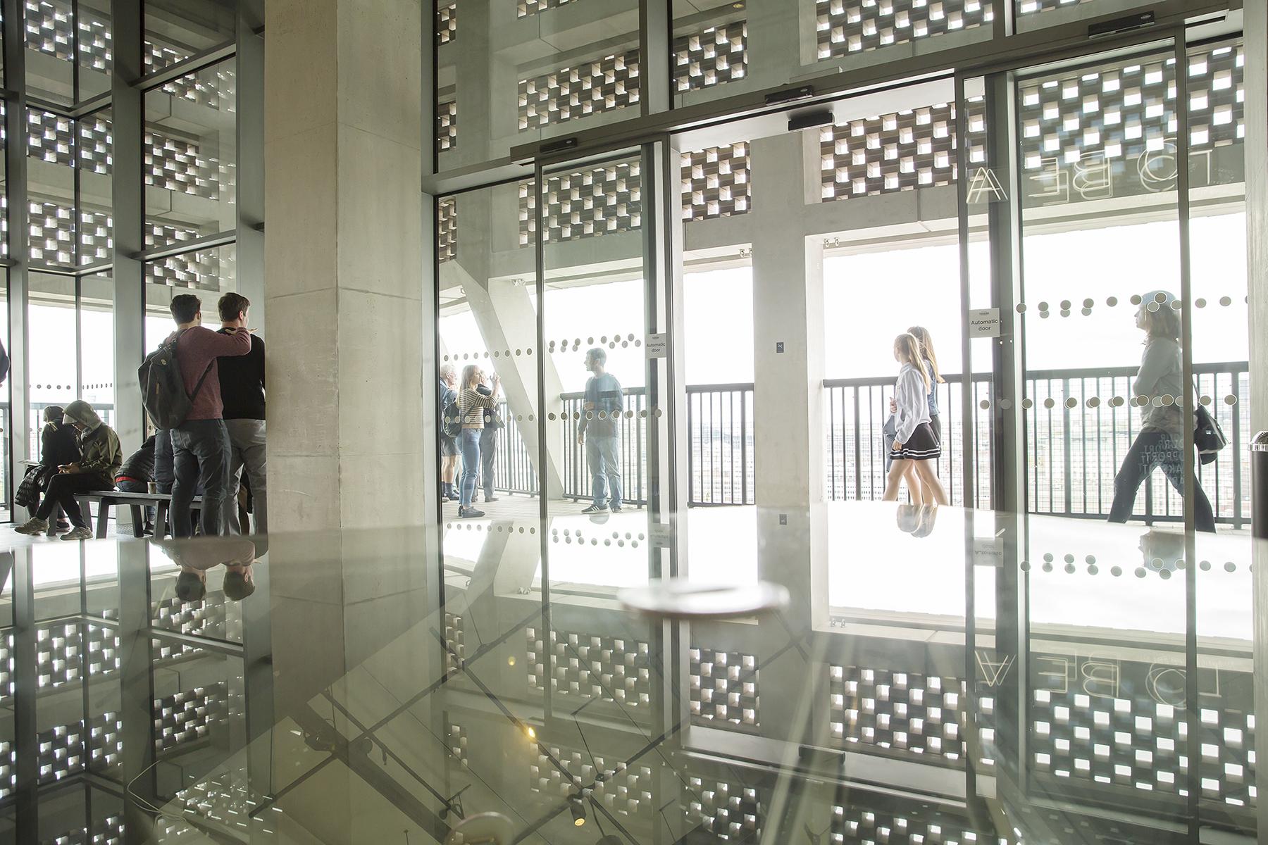 Isabela_Pacini-Tate Modern_09.jpg