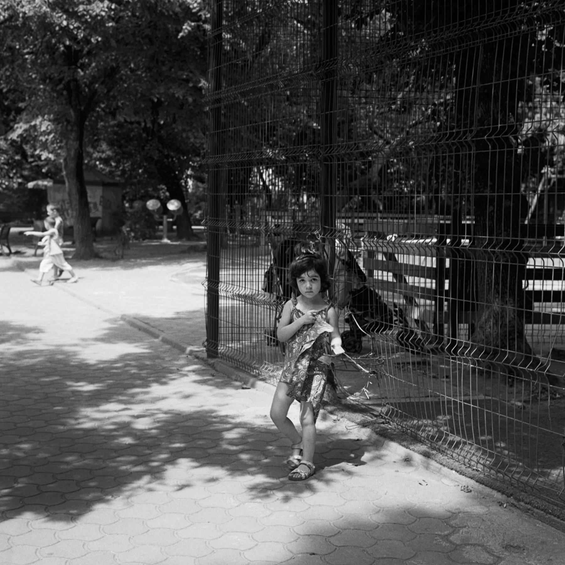 Margrieta_Jeltema_the shaded gardens of Bucharest_1.jpg