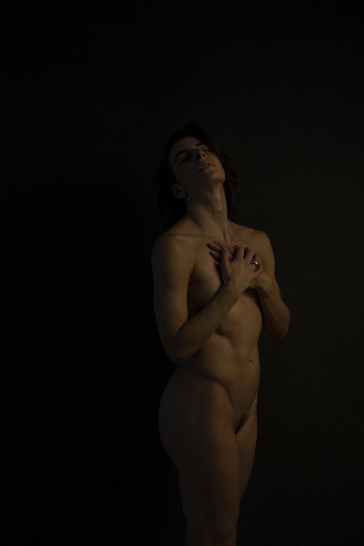 Elizabeth_Looker_Beauty in silence.jpg
