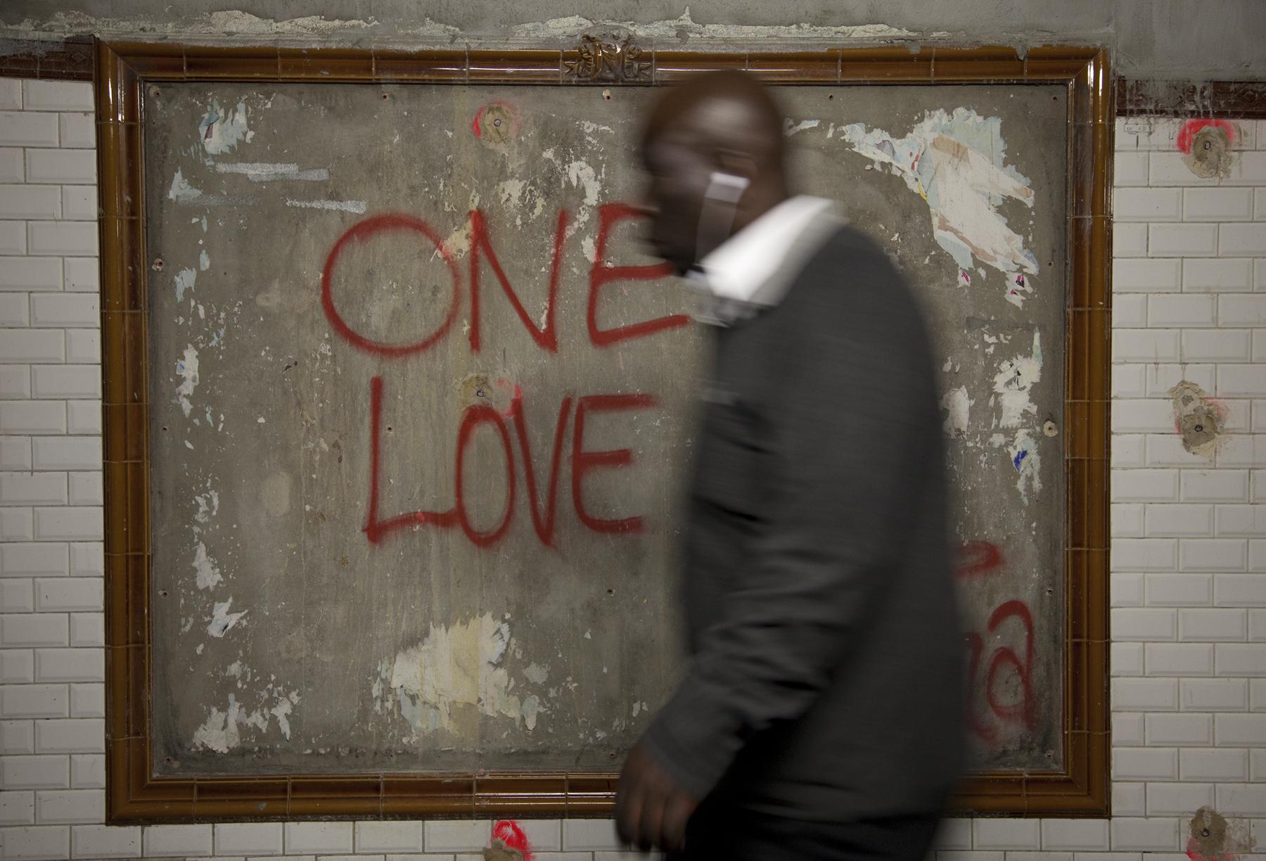 Anita_Modok_One Love Paris .jpg