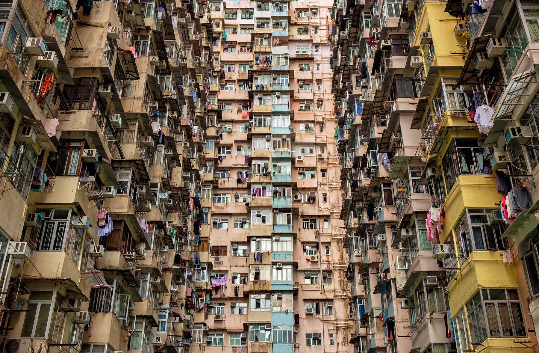 Doug_Caplan_Hong-Kong-Brutal-Compressions_Untitled_01.jpg
